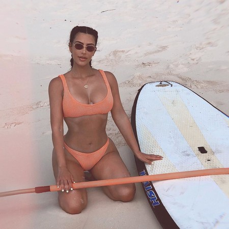 Kim Kardashian incendia (de nuevo) las RRSS y ofrece a sus fans un molde real de su cuerpo