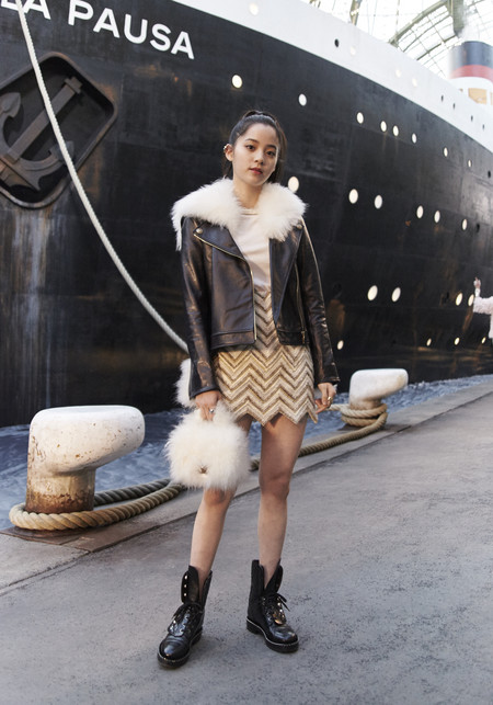 Ouyang Nana Chanel 2018 19 Cruise Collection 1