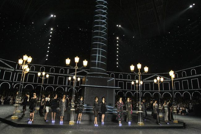 Foto de Todas las imágenes de Chanel Alta Costura Otoño-Invierno 2011/2012 (13/22)