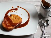 Torrijas con salsa de toffee. Receta de Semana Santa