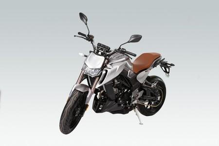 Orcal se pasa de las retro a las naked con dos nuevas motos de 125 y 300 cc, desde 3.400 euros