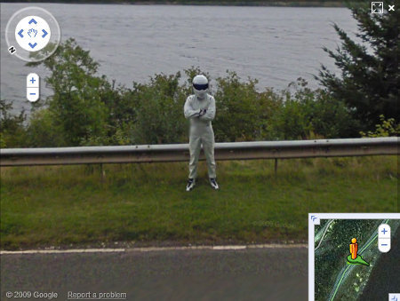 ¿Qué pinta The Stig en Google Street View?