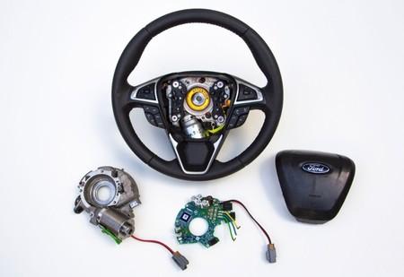 Ford 'Adaptive Steering': llegará en 12 meses