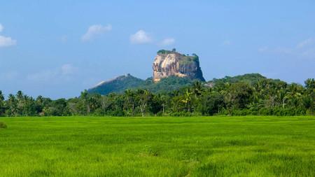 Sigiriya, tranquila aldea de Sri Lanka junto a la Roca del León