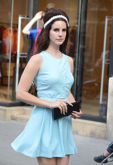 Lana del Rey coge el testigo de Amy Winehouse en los peinados