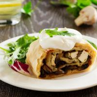 Cenas proteicas, rápidas y fáciles: struddel de pavo con verduras (IV)