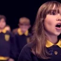 La versión de 'Aleluya' de una niña de 10 años con autismo que te pondrá los pelos de punta