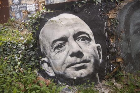 Jeff Bezos anuncia que Amazon está redactando sus propias leyes sobre reconocimiento facial que presentará después a los políticos