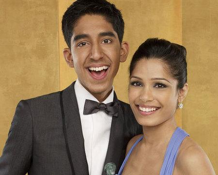 Dev Patel y Freida Pinto, definitivamente, son pareja