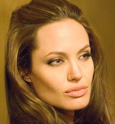 Angelina Jolie quiere otra niña