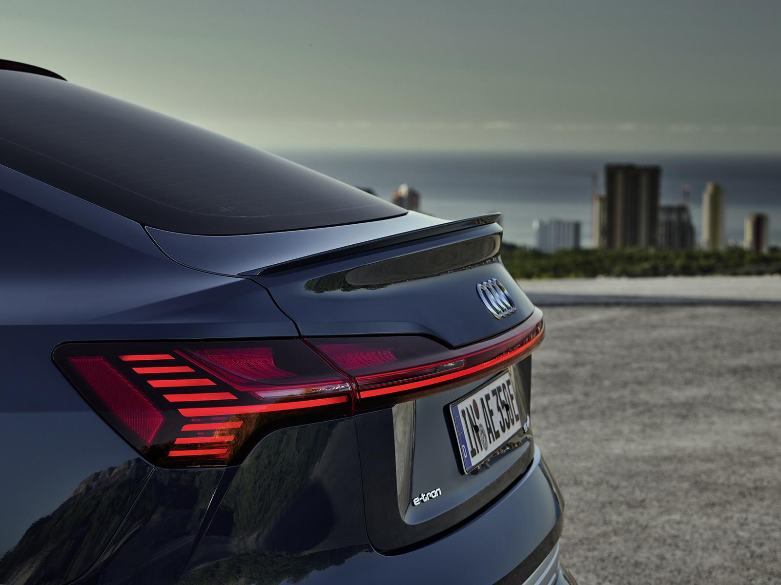 Foto de Audi e-tron Sportback (15/57)