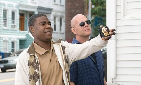 'Vaya par de polis', Kevin Smith letal