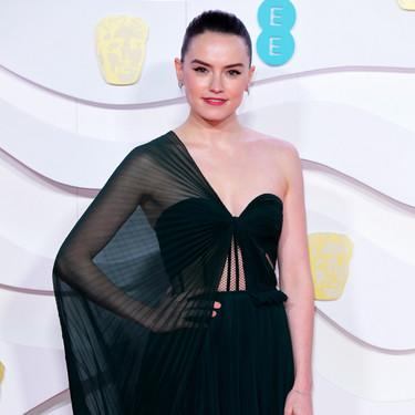 Daisy Ridley se proclama como una de las favoritas de los Premios BAFTA 2020 por su espectacular look