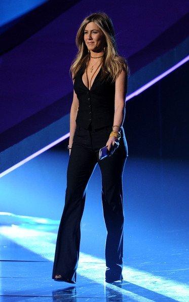 Look masculino de Jennifer Aniston