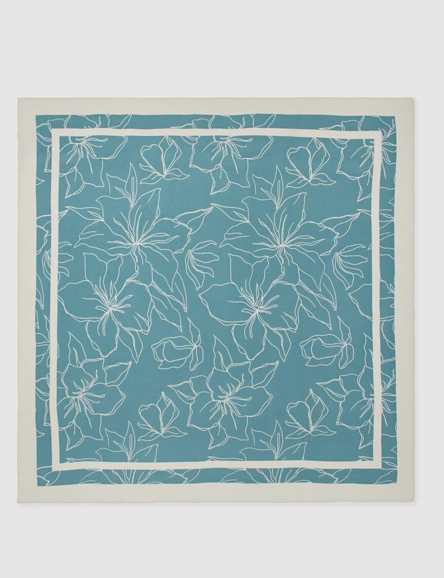 Pañuelo de seda Woman Limited EL Corte Inglés estampado azul