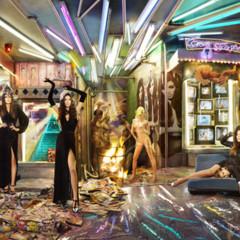 Foto 2 de 4 de la galería felicitacion-navidena-de-los-kardashian en Poprosa