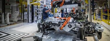 Millones de baterías de coches eléctricos llegarán al final de su vida útil en la próxima década: el reciclaje será clave