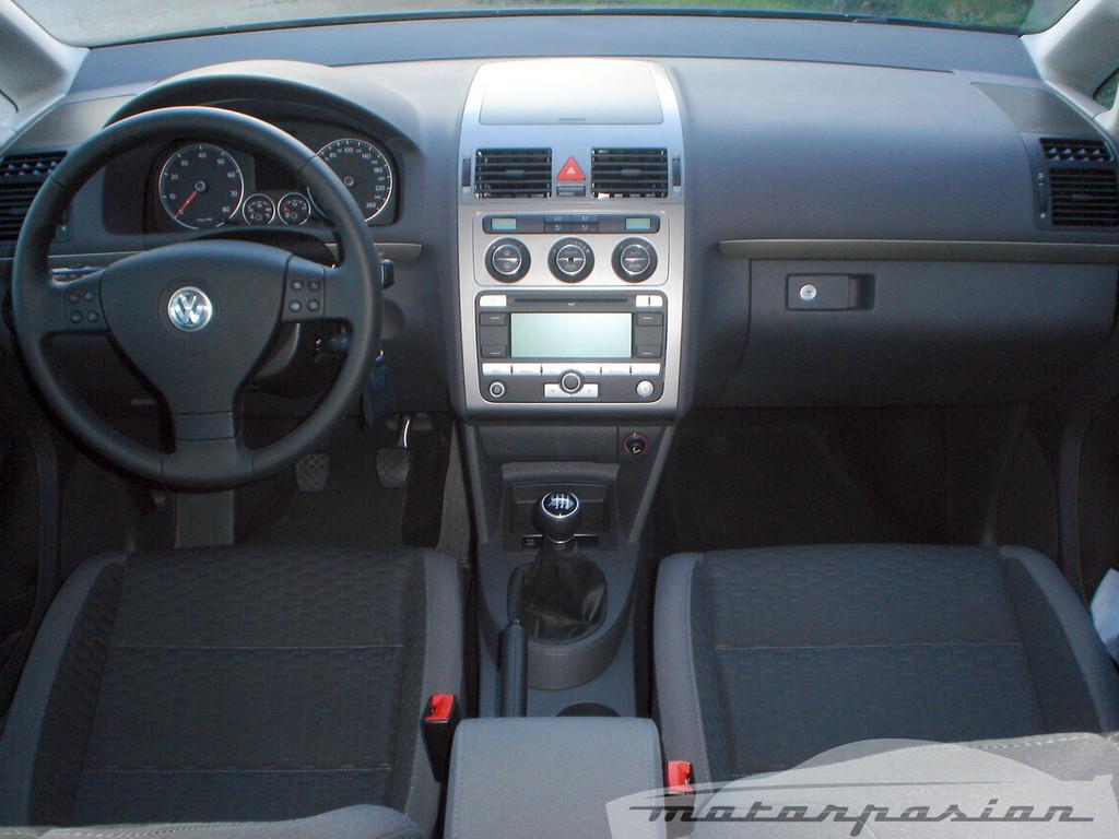 Foto de SEAT Altea XL contra Volkswagen Touran  (20/36)