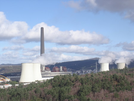 Lo que significa el cierre de las dos centrales térmicas más contaminantes de España: un cambio de planes en la energía del país
