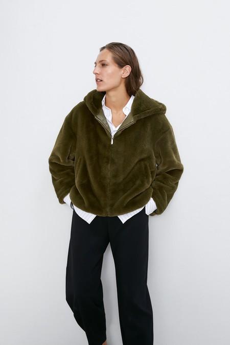 Zara Abrigo Peluche Otono 2019 08