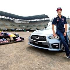 daniel-ricciardo-el-primer-piloto-de-la-f1-en-probar-el-nuevo-autodromo-hermanos-rodriguez
