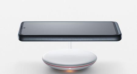 El Huawei P30 gana carga inalámbrica de 10W con esta funda oficial