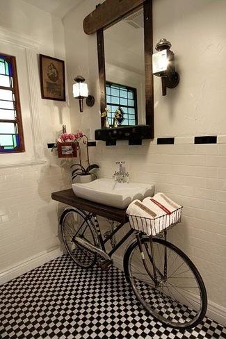 Detalle para la casa de... un ciclista (VI)