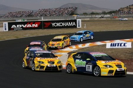 La FIA remata a los Seat León TDI en el WTCC