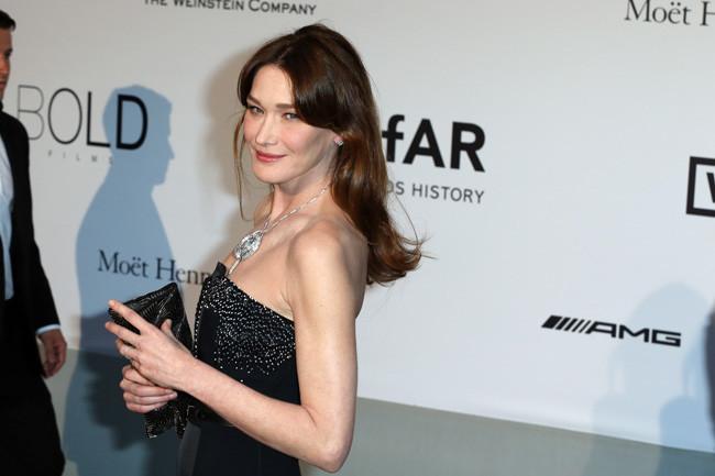 Carla Bruni amfar Cannes 2014