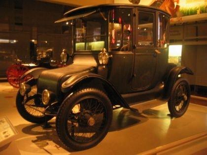 1914 Detroit Electric Brougham