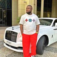 """El moderno """"príncipe nigeriano"""", la estrella de Instagram arrestada por un fraude de 390 millones"""