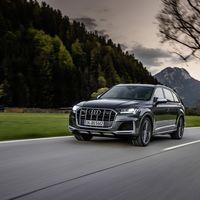 Los Audi SQ7 y SQ8 se vuelven unos SUV aún más potentes con el motor 4.0 V8 de gasolina de 507 CV (y más baratos que los diésel)
