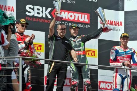 Podio Superbikes Australia 2016