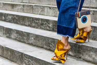 Clonados y pillados: los maravillosos zapatos de No.21 están en Uterqüe