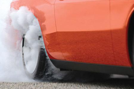 Dodge Challenger SRT8 Burnout