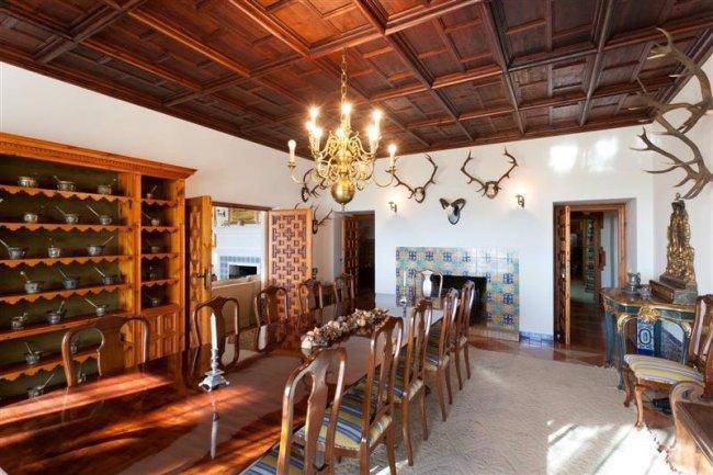 Comedor del cortijo de lujo en Córdoba