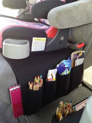 Una buena idea: un organizador para objetos diversos, en el asiento del coche