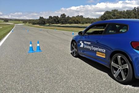 Volkswagen Driving Experience Escuela R 032