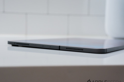 Dan Riccio responde a un usuario acerca del 'affaire' de los iPad Pro con ligera curvatura