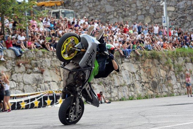 Foto de Éxito del primer campeonato de Freestyle Stunt Riding Encamp 2011 (9/18)