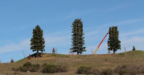 """Este paisaje no es lo que parece: 9 curiosas antenas de telefonía móvil """"sutilmente"""" camufladas"""