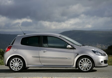 Renault Clio Sport 2006 1280 0c