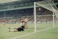 El fútbol ama la tecnología... hasta que ve cómo podría acabar con el error humano