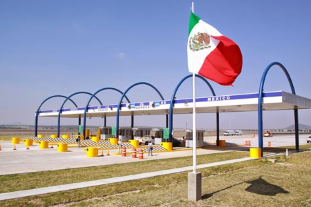 Estas son 5 de las carreteras más caras de México