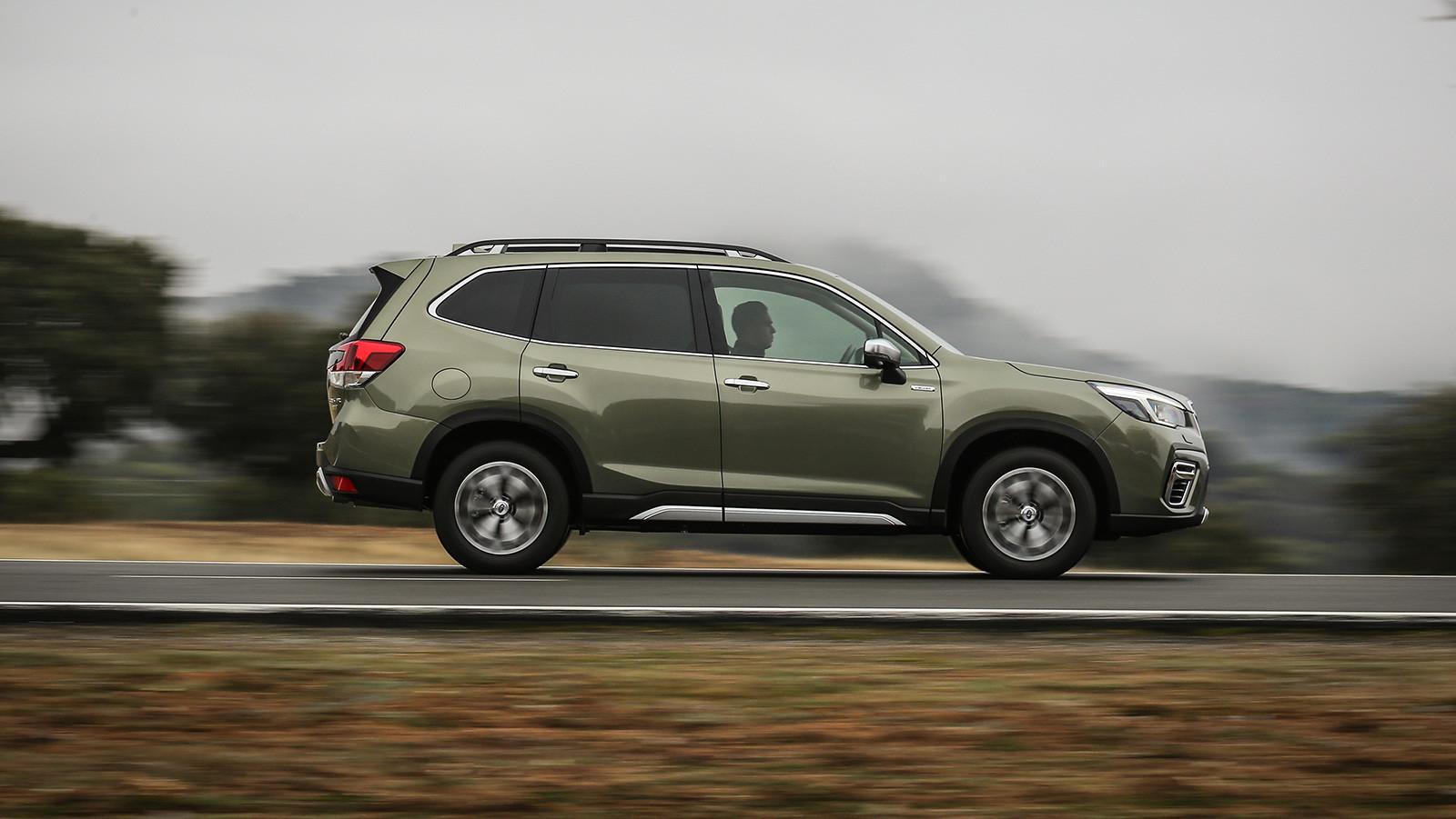 Foto de Subaru Forester Eco Hybrid 2020 (13/22)
