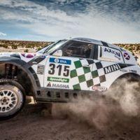 Mikko Hirvonen se lleva un duelo entre Mini y Toyota en la penúltima etapa del Dakar