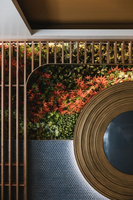 Restaurante La Brasserie Pared Classicblue Inhabitat Arquitectos 1