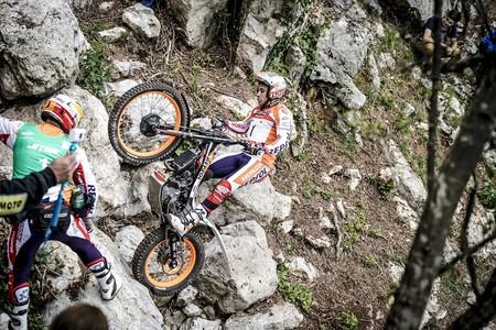 Buscando su 22º título, Toni Bou se hace con la primera victoria del mundial de trial outdoor