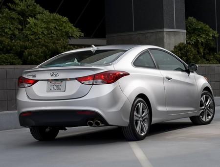 Hyundai Elantra Coupe 2
