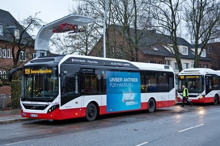 Volvo y Siemens se alían para la introducción del autobús híbrido Volvo 7900